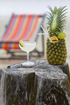 Free Pineapple, Cocktail On The Beach Royalty Free Stock Image - 6325716