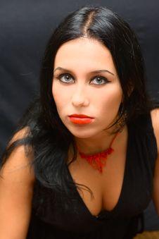 Free Portrait Beauty Girl On Black Background Royalty Free Stock Photos - 6326508