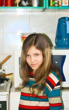 Free Girl On Kitchen Royalty Free Stock Photos - 6326668