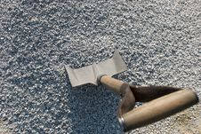 Free Shovel And Gravel Royalty Free Stock Photos - 6326818