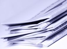 Free Stacked Newspapers Royalty Free Stock Photography - 6327947