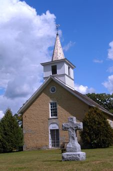Free Country Church, Stone Cross Stock Photography - 6328272