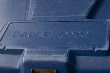 Free Blue Recycling Bin Royalty Free Stock Photo - 6329425