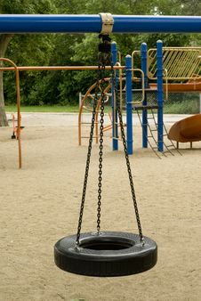 Free Tire Swing Royalty Free Stock Images - 6330709