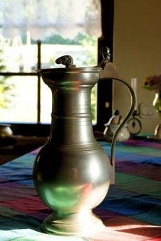 Free Old Wine-jar Stock Image - 6334591
