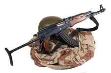 Free Iraqi Army Uniform And AK47 Rifle Royalty Free Stock Images - 6335819