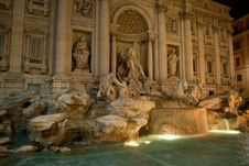 Free Fountain De Trevi Stock Photo - 6338810