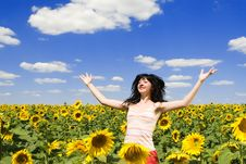 Free Happy Woman In The Field Stock Photography - 6339222