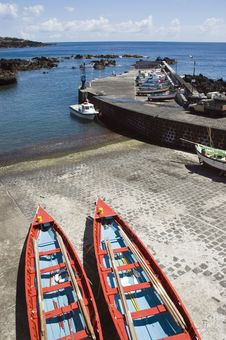 Free Small Harbour Of Ribeiras In Pico Island, Azores Royalty Free Stock Images - 6339429