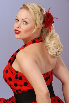 Fifties Burlesque Blond In Polka-dot Dress Royalty Free Stock Photo