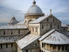 Free Pisa Basilica Royalty Free Stock Photos - 6343068