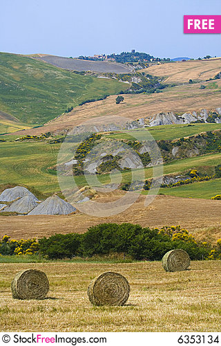 Free Tuscany Countryside, Hayball Stock Images - 6353134