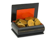 Free Gold Money In Chest Stock Photo - 6353830