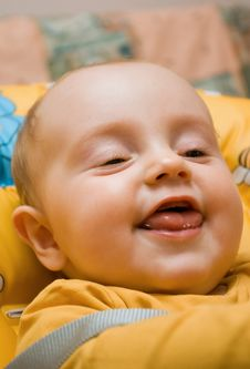 Free Little Baby Girl Smiling Beautifuly Stock Photos - 6354703