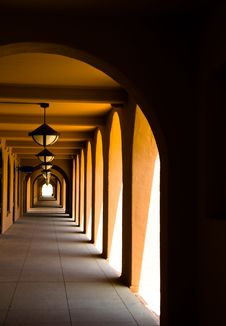 Free Spanish Style Arched Corridor Stock Images - 6356634