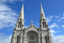 Free Catholic Church Against Blue Sky Royalty Free Stock Photography - 6356747