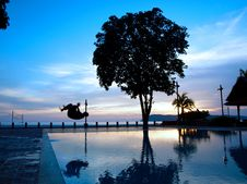 Free Man Silhouette Somersault Pool Two Royalty Free Stock Image - 6357306