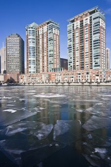 Free Frozen Chicago River Royalty Free Stock Photography - 6359227