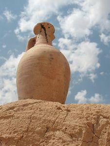 Free Vase In A Desert Stock Photo - 6362740