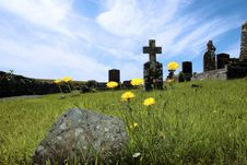 Free Irish Graveyard 5 Stock Photo - 6365750
