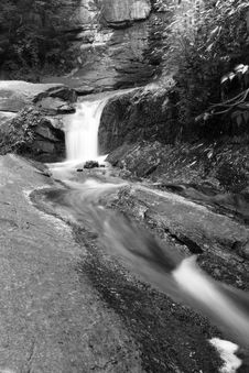 Free Waterfall In  Mountains Royalty Free Stock Images - 6368299