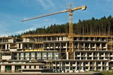 Free Construction Of Resort Hotel In The Hills Stock Photo - 6369320