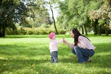 Free Mother And Daughter Royalty Free Stock Image - 6371956