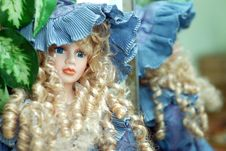 Free Blonde Doll Wiht Curly Hair Royalty Free Stock Image - 6372486