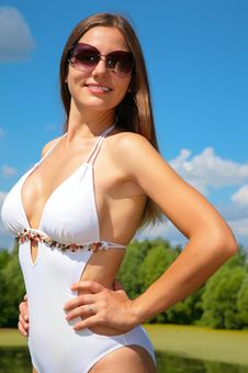 Free Girl In Bathing Suit And Sunglasses Stock Image - 6372911