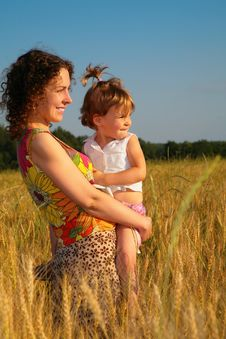 Free Mother With  Child On  Wheaten Field Royalty Free Stock Image - 6373076