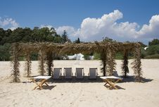 Canvas Chairs On Tropical Beach Royalty Free Stock Image
