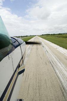 Free Plane About To Land Stock Photos - 6375213