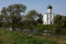 Free Russia: Church Of The Intercession On The Nerl Royalty Free Stock Image - 6377326