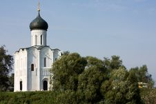 Free Russia: Church Of The Intercession On The Nerl Royalty Free Stock Photography - 6377397