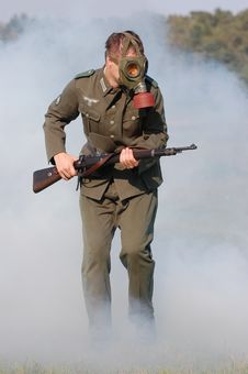 Free German Soldier In Gas Mask . WW2 Reenacting Royalty Free Stock Image - 6379536