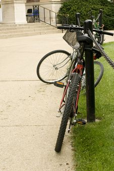 Free Bicycle Rack Royalty Free Stock Images - 6379719