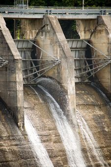 Free Flood Gates Of A Dam Stock Photos - 6380143