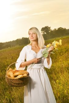 Free Woman With A Bread Stock Photography - 6381402