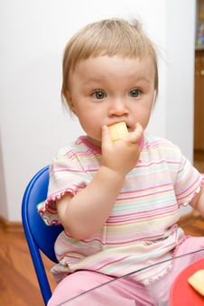 Free Eating Baby Girl Royalty Free Stock Image - 6381696