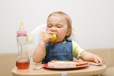 Free Eating Baby Girl Stock Photos - 6381943