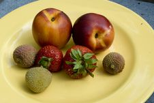 Free Fresh Fruit On Plate Royalty Free Stock Image - 6383916