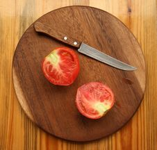 Free Tomato With Knife Stock Photo - 6388770