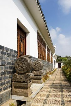 Free Chinese Ancient Building Royalty Free Stock Image - 6391536