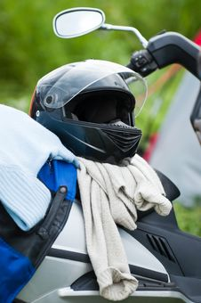 Free Motobike With Helm Royalty Free Stock Photos - 6392868