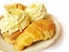 Free Sweet Cakes Isolated Royalty Free Stock Photo - 6392885