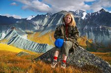 Free Women And Mountains. Stock Images - 640774