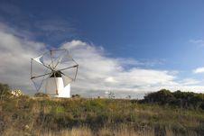 Free Windmill Royalty Free Stock Photos - 642738