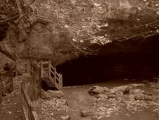Free Rock Bridge Sepia 1 Royalty Free Stock Image - 645046