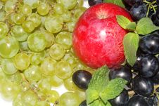 Green And Red Grapes And Apple Stock Image