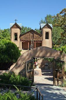 Free Church Near Santa Fe Royalty Free Stock Photo - 6407815